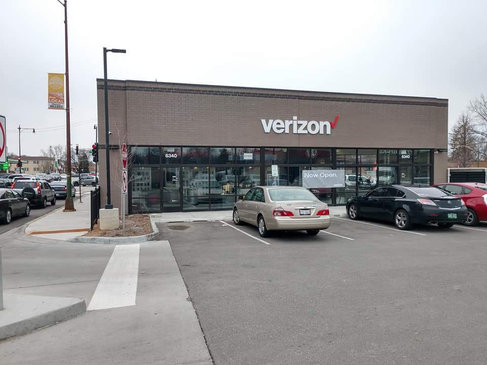Edison Park Chicago IL Cellular Sales Verizon store