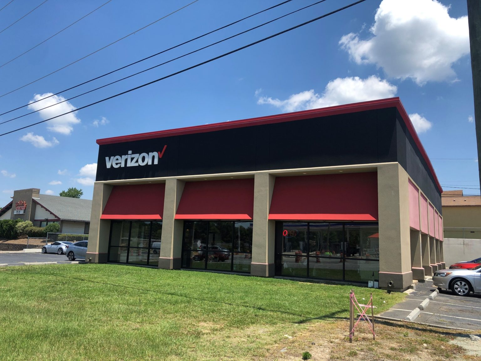 Concord Parkway NC Cellular Sales Verizon store