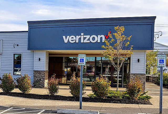 Middletown, RI Cellular Sales Verizon store